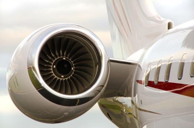 کارشناس رسمی دادگستری هواپیما و تجهیزات